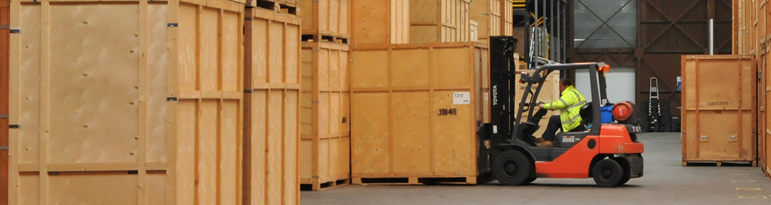 Students storage and crate rental in oxford for Re storage crate